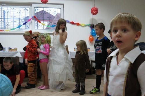 Dětský maškarní bál 2012